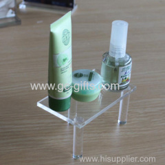 The utility of the mini cosmetics acrylic display rack