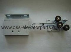 Complete door lock for landing doors left