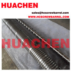 Extrusion screw and barrel