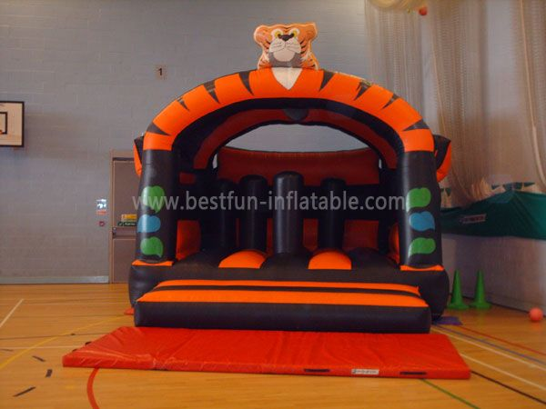 Popular Tiger Inflatable Jumping Castle