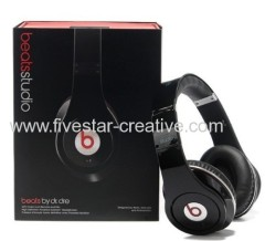 2013 Beats by Dr.Dre-Beats Studio Over-the-Ear Headphones Black(Beats Version)