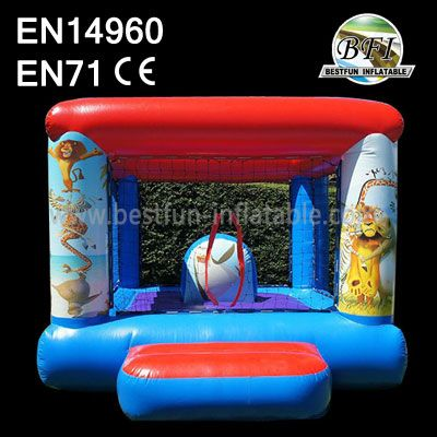 Popular Kids Inflatable Madagascar Bounce House
