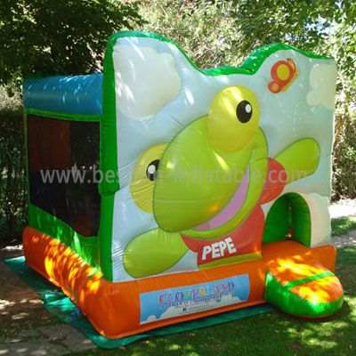 Cute Inflatable Frog Bounce House