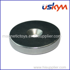 Circular NdFeB magnet with countersunk hole