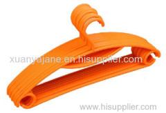 plastic injection hanger mould