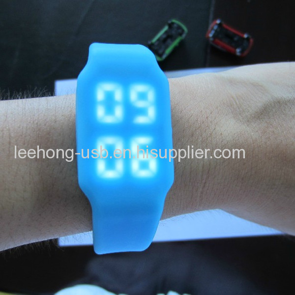 Skillful manufature craft gift Wholesale low price Multifunction silicone usb flash watch