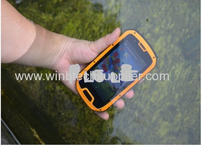 Original Runbo X5 IP67 Dustproof Waterproof Rugged Outdoor cellphone 4.3Dual SIM MTK6589with walkie talkie