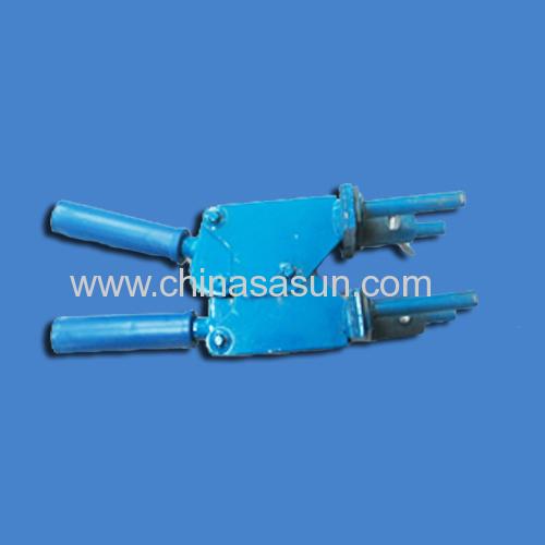 the mould clip (male sure the mould close when welding)