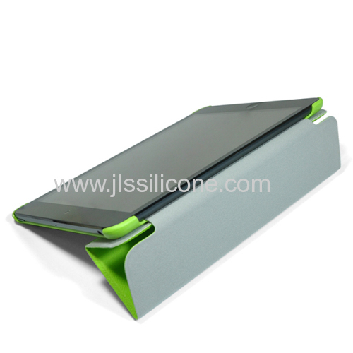Lightweight Smart Cover Case for the iPad Mini with Built in Stand