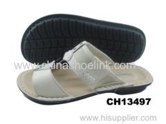 Beige boy sandals supplier