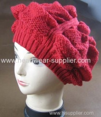 KNITTED FASHIONABLE BEERET BY HAND