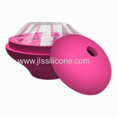 silicone ice cube maker with single diamond style design