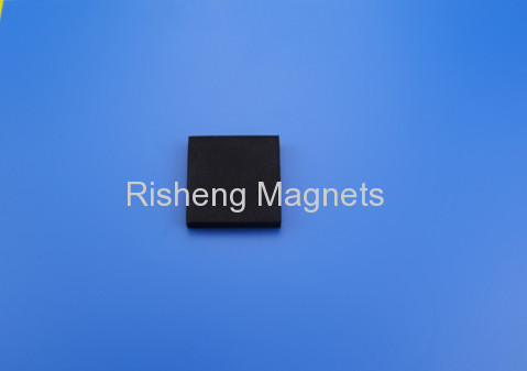 Super Strong 28 x 13 x 5mm magnetic ball cube N40 magnets for sale Permanent Magnet with Ni-Cu-Ni and Rubber Coating