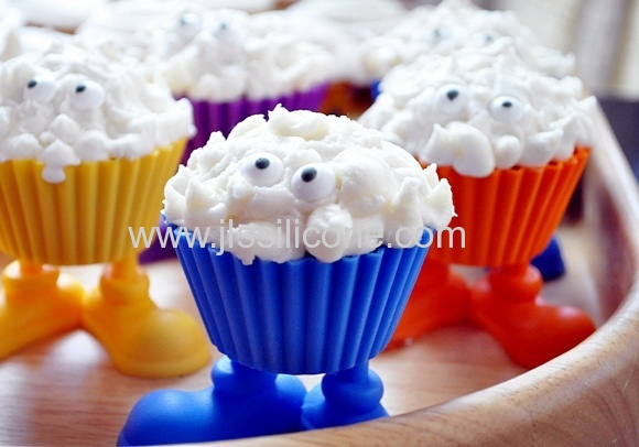 Monster shaped silicone cupcakes bakeware