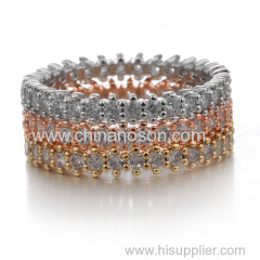 Stylish wedding ring with cubic zirconia stones