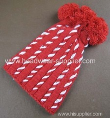 BABY HAT WITH THREE POMPON AND HAND DECORATION