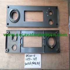 DH220-5 SWITCH PLATE(RH) FOR EXCAVATOR