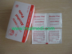Medical non-woven sterile 70% isopropyl Alcohol Pads