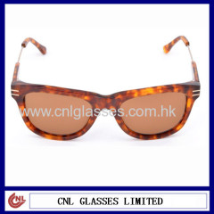 Acetate cool looking sunglass