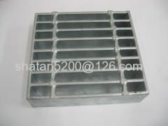 Compound mild steel grate for gully grating