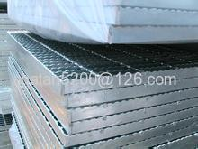 Hot-dipped Galvanized Serrated Grating Merry Christmas