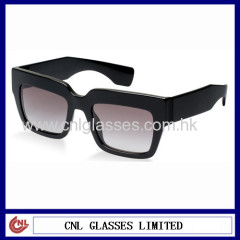 Square retro mens sunglasses