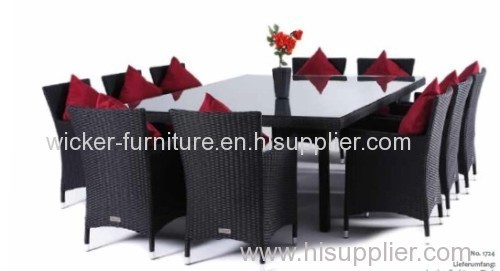 Rattan dining table with 10chairs in outdoor or indoor