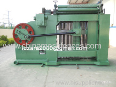 Heavy duty hexagonal mesh machine
