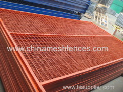 China PVC-coated temporary fence Panel factory