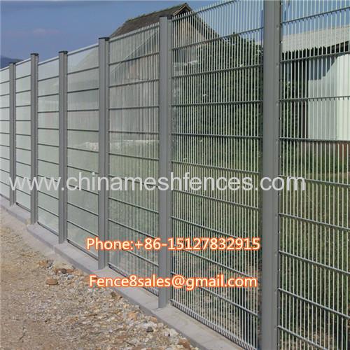 Heavy duty welded wire mesh fence panels powder coated