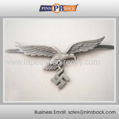 High quality die struck lapel pin/ lapel pin with 3D custom Logo/silver plated badge