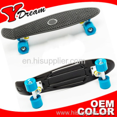 PENNY skateboard with diamond and squre pattern