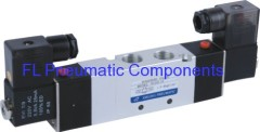 4V330P-08 Five Way Pneumatic Valve