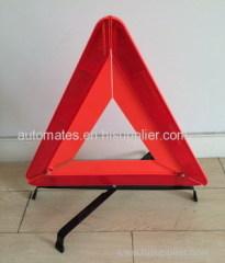Reflecting warning triangle with E-Mark