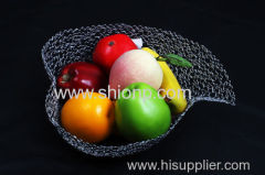 heart-shaped metal wire mesh fruit baskets