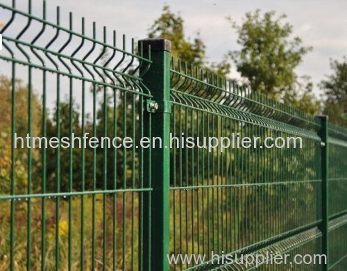 PVC-coated Welded Wire Mesh Fence Plastic-coated wire fence panels ...