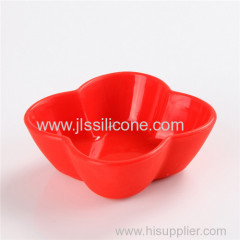 mini pinch silicone bowl