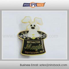 Metal Soft enamal and epoxy dome lapel pin badge