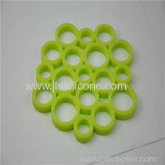 Green heat resistant silicone mat with 100% food grade