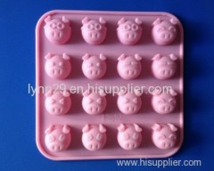 food grade pink pig shaped silicone muffin mould