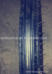 motorcycle tyre used for horse carrige