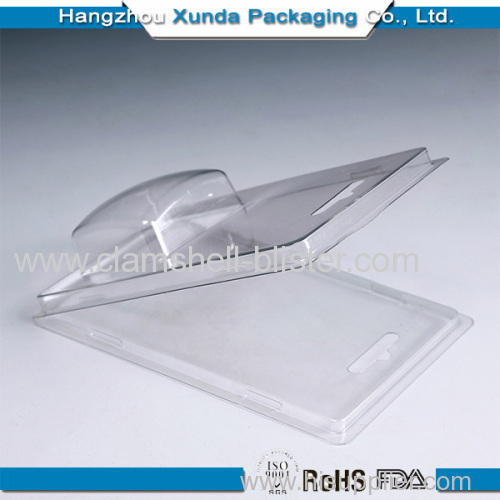 Clear plastic clameshell screw packaging