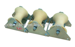 Triple underground cable laying rollers