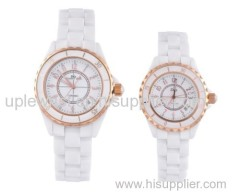 High quality at good price for couple style popular wristwatch