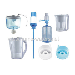 Water purifier bottle and water filter pitcher