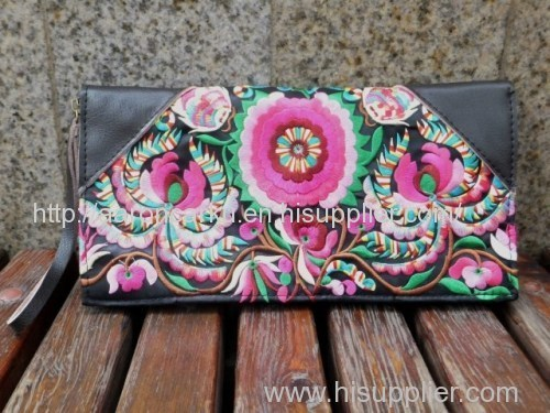 Embroidered Leather Wallet Embroidered Leather Wallet