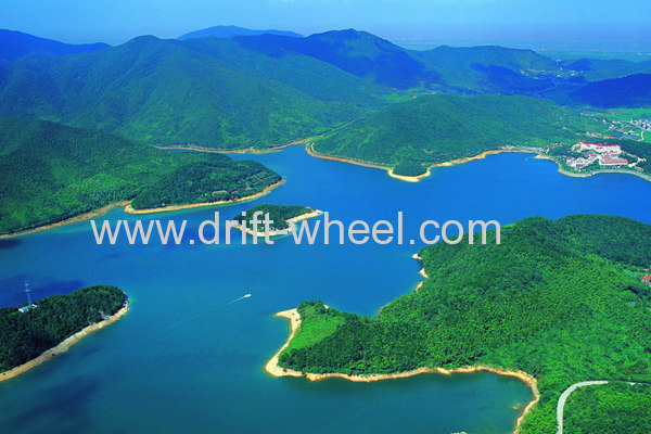 One Day Trip to Nine Dragon Lake Scenery Zone