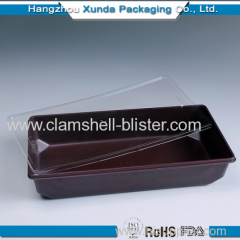 Disposable clamshell food containers