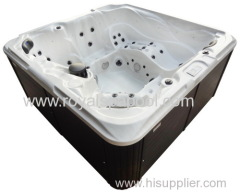 Freestanding outdoor spa for 6 person