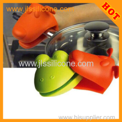 new arrival heat proof silicone glove for baking by china